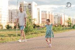 детский фотограф стерлитамак, дети стерлитамак фотограф, детская фотосъёмка стерлитамак, девочка, сити молл, прогулка фото, фотограф Лилия Арсланова папа и дочка
