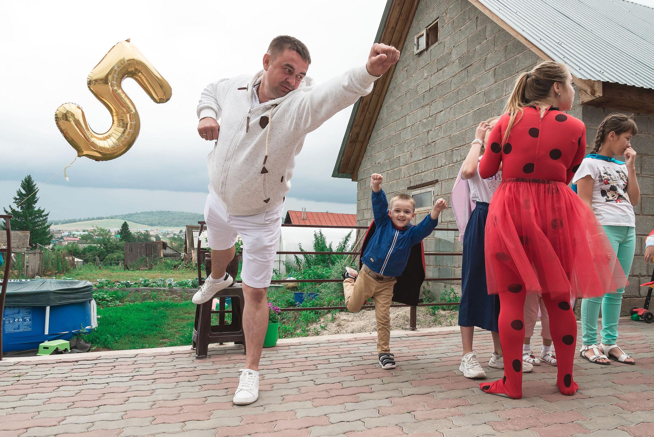 фотограф стерлитамак, фотограф Красноусольск, детский фотограф, фотограф в детский сад,детский и семейный фотограф стерлитамак,  фотограф на детский день рождения стерлитамак,  фотограф на детский праздник  полет суперменов