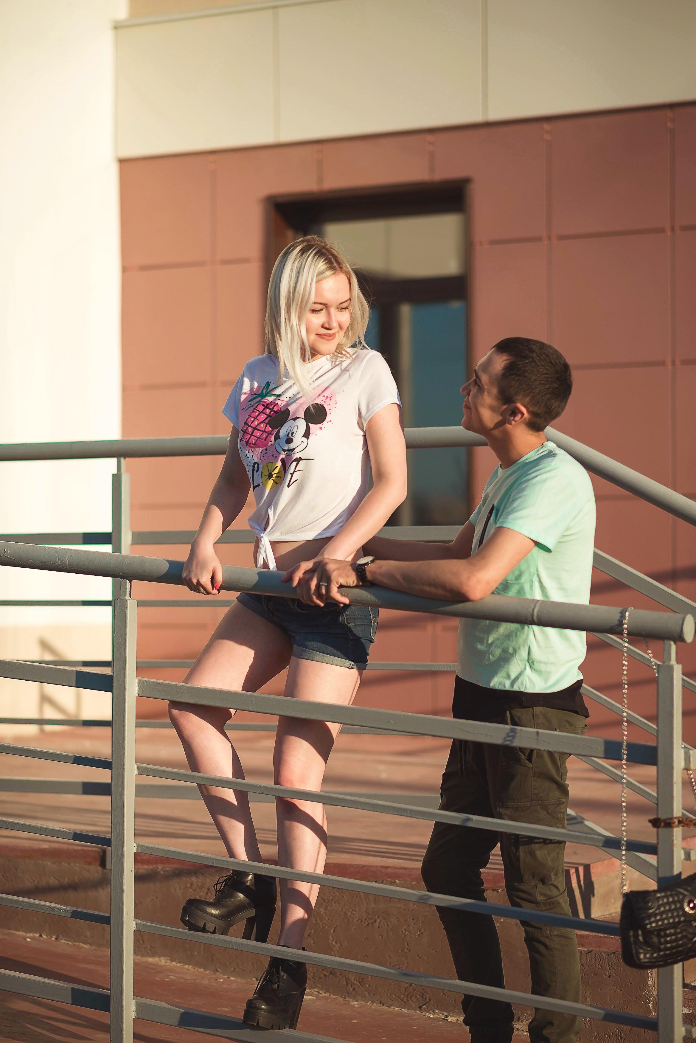 Фотосессия Лав стори в Стерлитамак пара, влюбленные в Стерлитамаке у Сити-Молла