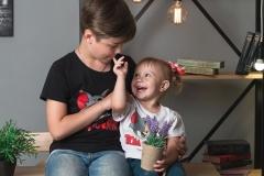 Брат и сестра, семейная фотосессия в Стерлитамаке, фотосессия стерлитамак заказать, фотостудия стерлитамак, заказать съемку в фотостудии Стерлитамак, фотограф Лилия Арсланова