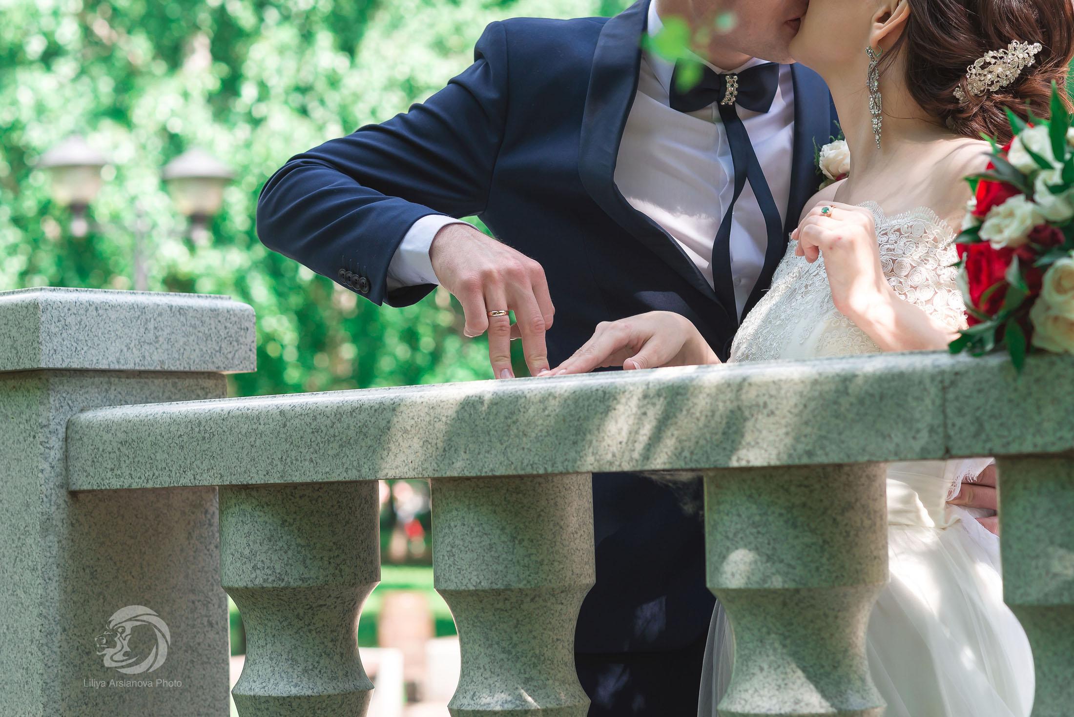 Свадебный фотограф Стерлитамак цена, фотограф на свадьбу Стерлитамак, свадебный фотограф Красноусольск, невеста и жених фотограф Лилия Арсланова свадьба Стерлитамак фотосъёмка кольца на свадьбу rings пальчики