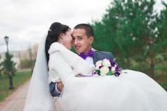 На руках. Свадебный фотограф Стерлитамак , свадебный фотограф Красноусольск, фотограф на свадьбу стерлитамак недорого, фотограф свадебный цена стерлитамак санаторий красноусольск